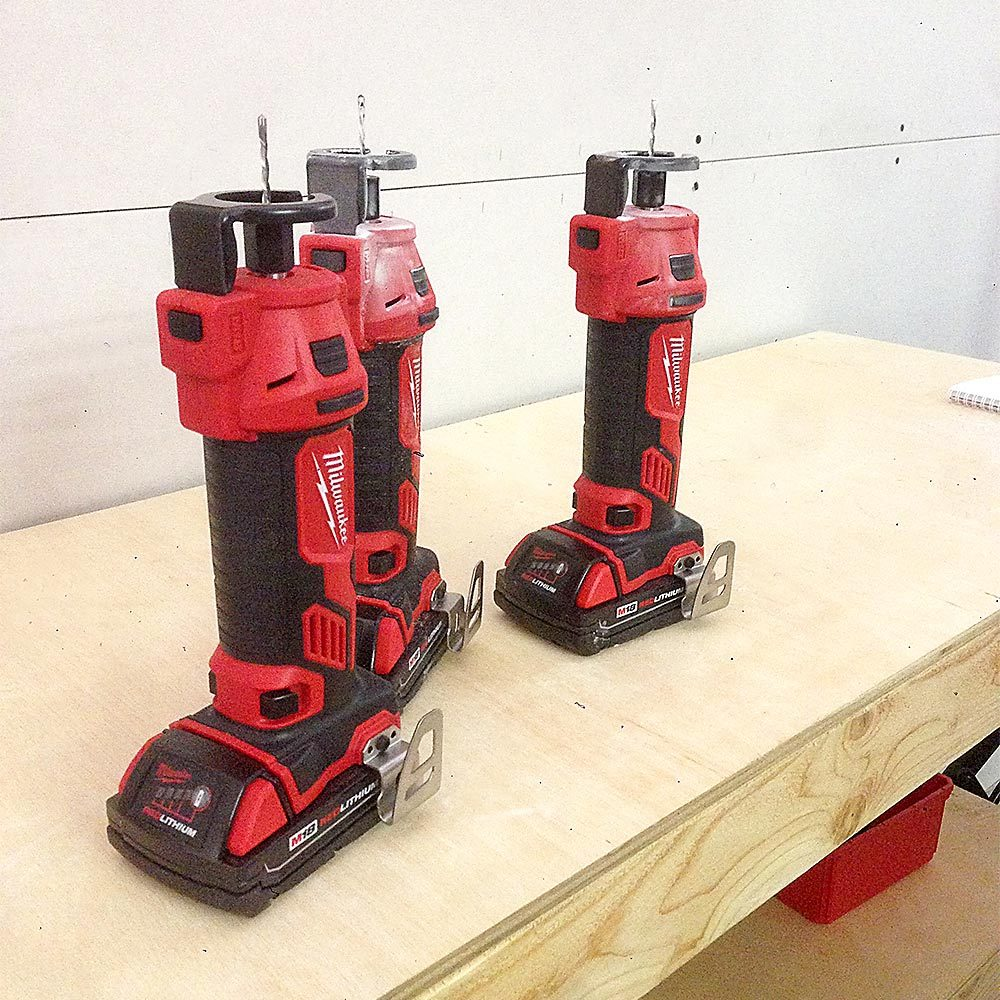 Milwaukee's new cordless and comfortable cut-out tool | Construction Pro Tips