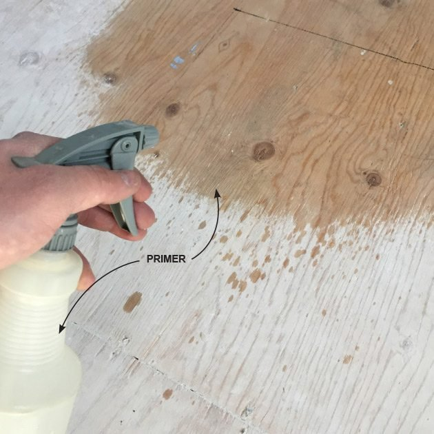 Priming the wood to seal the floor | Construction Pro Tips