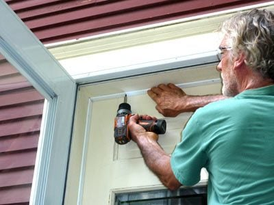 Sealing an exterior door