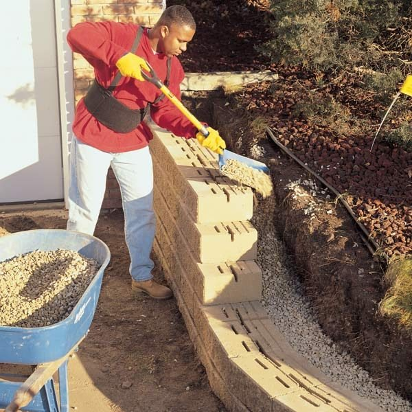 The Family Handyman The Family: How To Build A Concrete Block Retaining Wall
