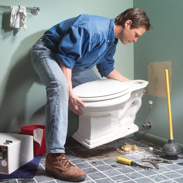 How to repair a leaking toilet the family handyman for How much to refurbish a bathroom