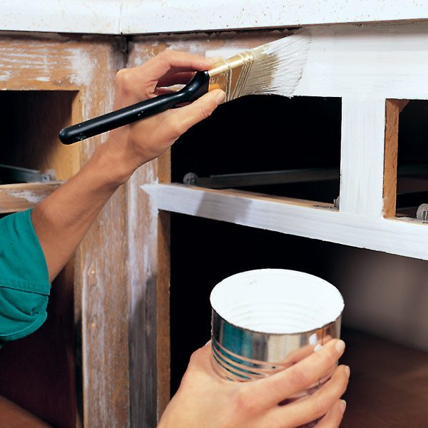 how to paint kitchen cabinets the family handyman