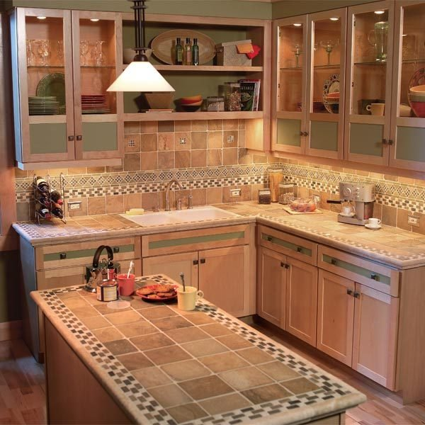 Kitchen Cabinets Small Space: Small Kitchen Space-Saving Tips