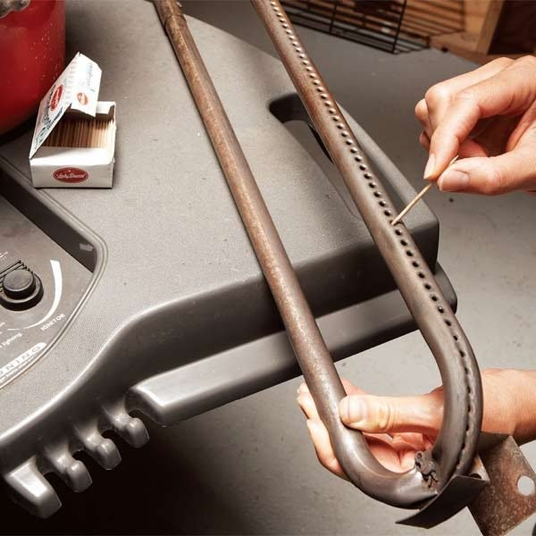 how to tune up your outdoor gas grill the family handyman. Black Bedroom Furniture Sets. Home Design Ideas