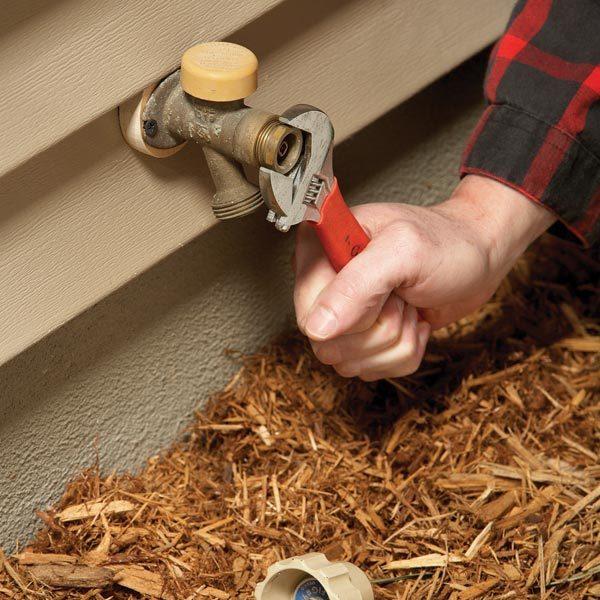 Outdoor Faucet Repair Fix A Noisy Faucet The Family Handyman