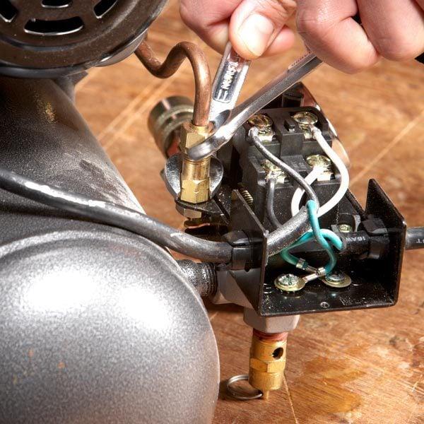 pressure relief valve in compressor