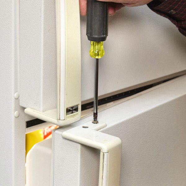 How To Paint Plastic Appliance Handles The Family Handyman