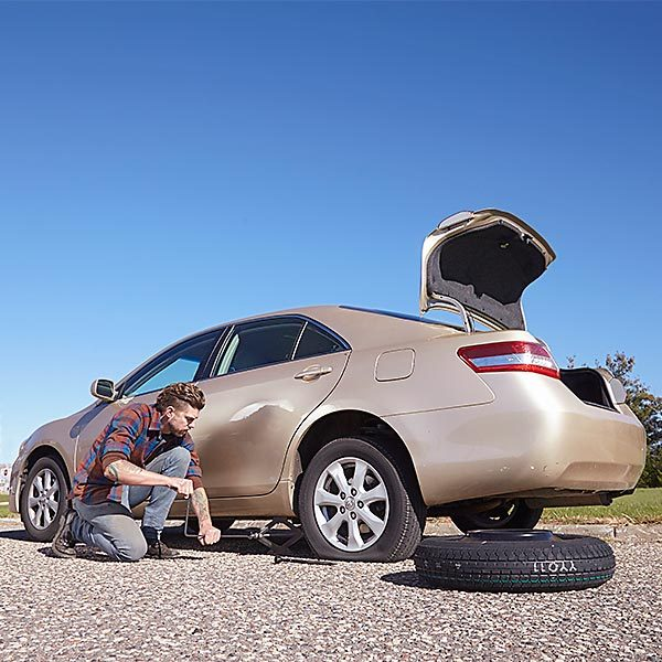 how to change a flat tire article