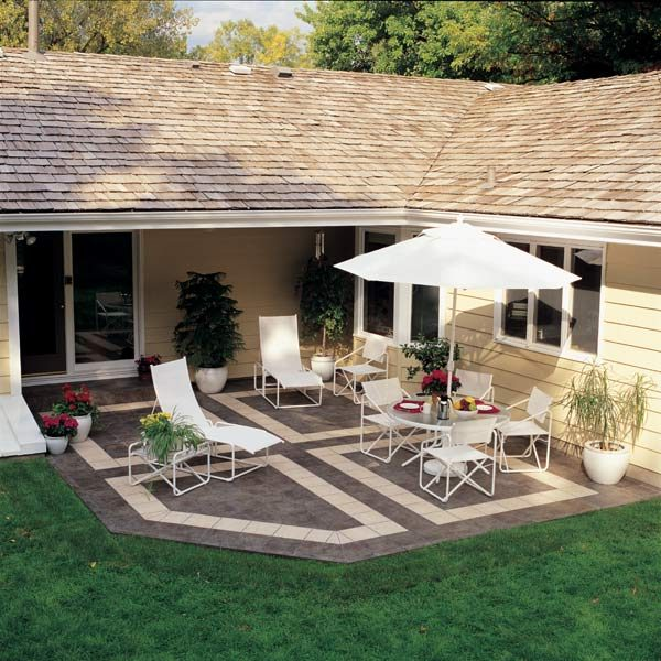 how to build a patio with ceramic tile the family handyman. Black Bedroom Furniture Sets. Home Design Ideas