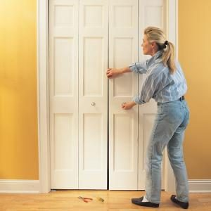 How To Fix A Bifold Door The Family Handyman