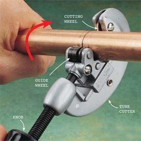 Photo 1: Cut copper with a tube cutter