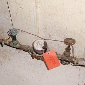 Photo 6: Water shutoff valves