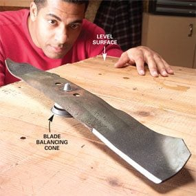 Photo 15: Balance the cutting blade