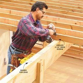 Photo 21: Attach the lattice boards