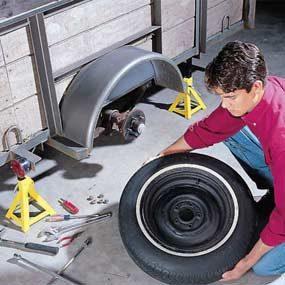 Photo 1: Remove the wheel