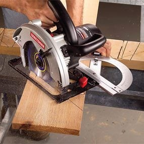 Making Circular Saw Cuts
