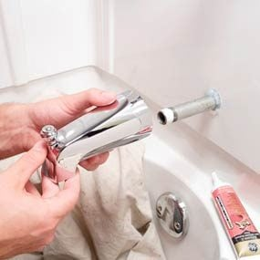 How to Replace a Bathtub Spout