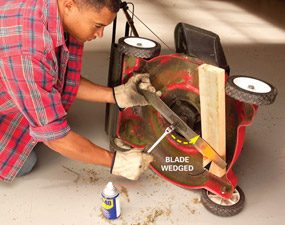 How to remove lawn mower blade