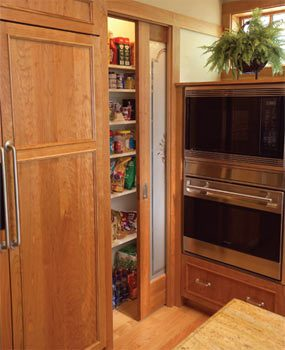 Reach-in pantry