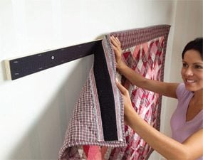 Level Hanging: Hang Artwork and Wall-hangings Straight and Level