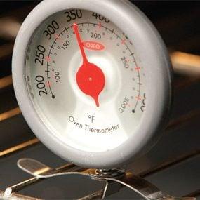 Photo 2: Adjust the temperature setting
