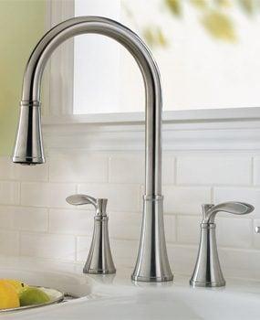 Price Pfister Petaluma faucet