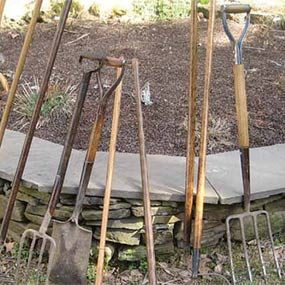How to Renew Your Garden Tool Handles