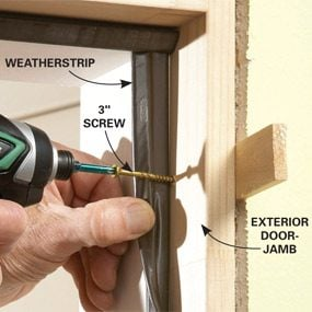Tips for hanging doors the family handyman for Things to hang on front door