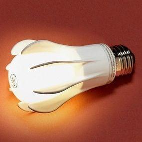 GE Energy Smart LED 9-watt bulb (40-watt equivalent), omnidirectional light.