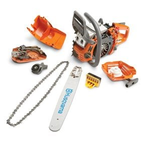 Easily removable chain saw parts