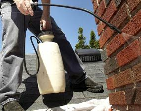 Photo 3: Spray the brick with water repellent