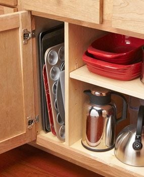 Organization tip for pans and trays.