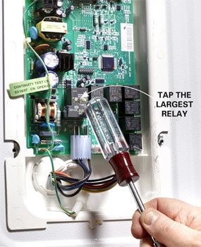 Rattle the relay on the circuit board.