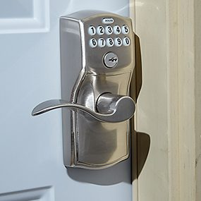 An electronic door lever can be remotely controlled by a home automation network.