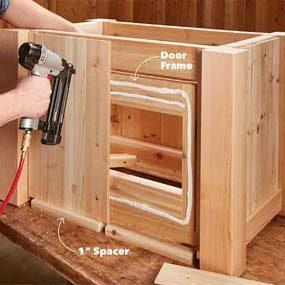 Fasten the door planks and trim board