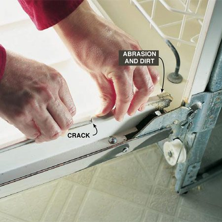 <b>Photo 10: Replace or clean the door gasket</b><br/>Check the gasket for cracks, wear and caked-on crud. If it&#39;s damaged, replace it. If it&#39;s dirty, clean it with mild detergent and a brush and sponge.