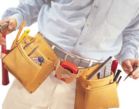 <b>Photo 1: Right-handed tool belt</b><br/>You need lots of pockets, especially after you add various sized screws and/or nails. Make sure the hammer loop is on the side of your hammer hand.