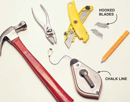 <b>Photo 2: Primary working tools</b><br/>Keep the tools you need most near your dominant hand.