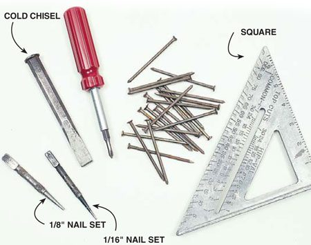 <b>Photo 3: Secondary tools</b><br/>Store fewer used tools and fasteners on the secondary side.