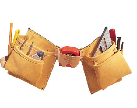 <b>Common two-pouch tool belt style</b><br/>A good tool belt has two pockets, which contain all the essential tools and fasteners for the job at hand.