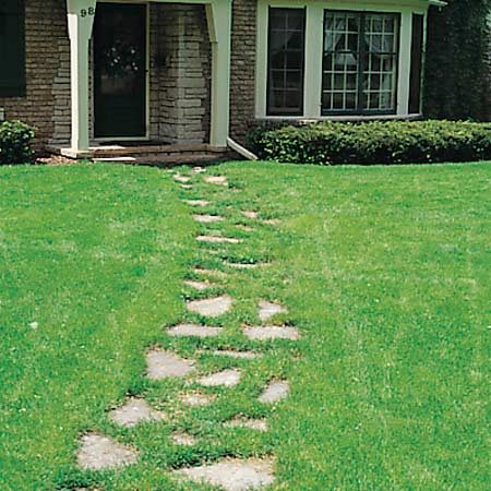 <b>Front walk site </b></br> Stick to sidewalk projects in flat or gently sloping areas. Adding steps is much more complicated.