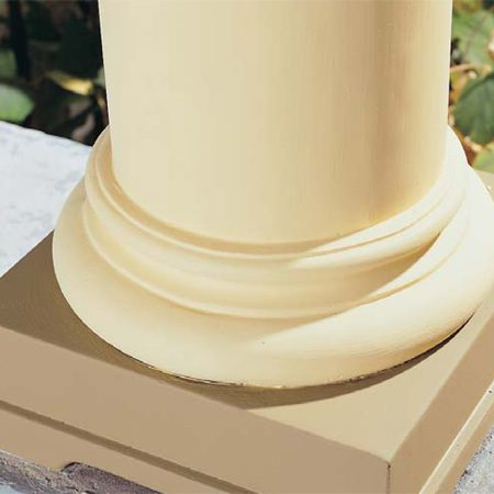 <b>Photo 10: Finish with paint</b></br> Seal the repair with alkyd primer and two coats of top-quality acrylic paint. Inspect the repaired area at least once a year and recaulk or repaint as necessary.