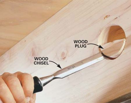 <b>Photo 8: Remove the wood so the saw can go deeper</b></br> Chisel out as much of the wood plug as possible