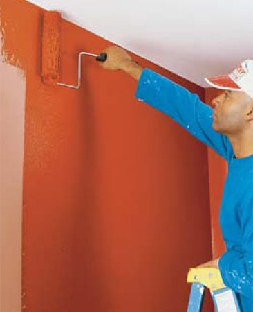 <b>Smooth the paint</b></br> Smooth the paint along the ceiling using a long horizontal stroke without reloading the roller with paint. If you are skilled enough to roll within an inch of the ceiling while rolling vertically, you can skip this step.