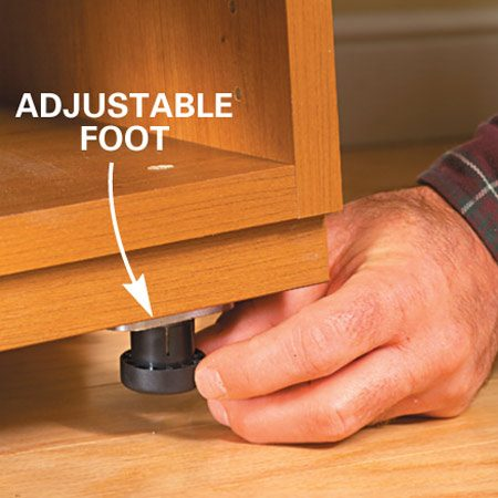 <b>Close-up</b></br> Adjustable foot