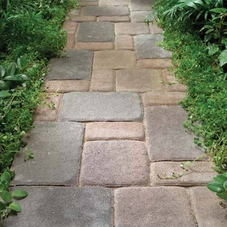 <b>Photo 2: Concrete pavers</b></br> Concrete edges.