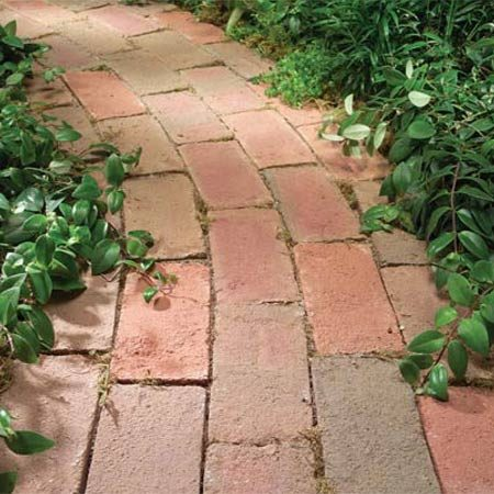 <b>Photo 3: Clay pavers</b></br> Clay  pavers offer the traditional brick look. Most  have crisp, square edges.