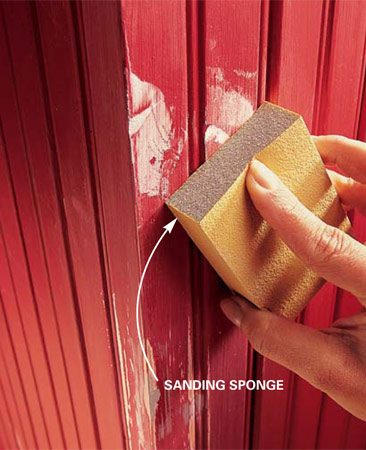 <b>Photo 4: Use a sanding sponge to sand the filler</b></br> <p>Sand the painted surface with 100- or 120-grit sandpaper or a medium sanding sponge. Make sure to eliminate all ridges. Then finish-sand with 180-grit sandpaper or a fine sanding sponge. Spot-prime the filler and any bare wood. </p>