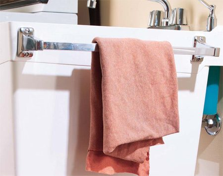 <b>Towel bar</b></br> If you're looking for a basic towel bar like ours, your best bet is to go to a hardware store.