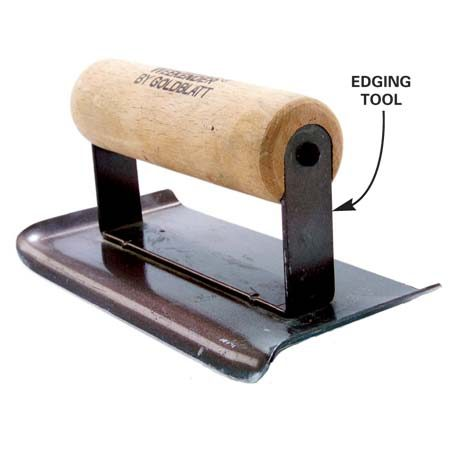<b>Close up: Edging tool</b></br> An edging tool gives the concrete a round edge.